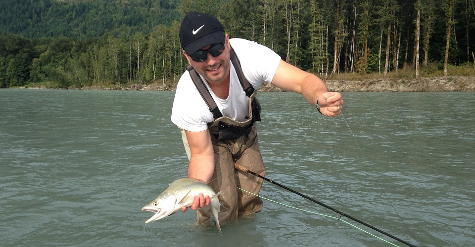 Squamish river fly fishing packages silversides fishing for Fly fishing vacation packages