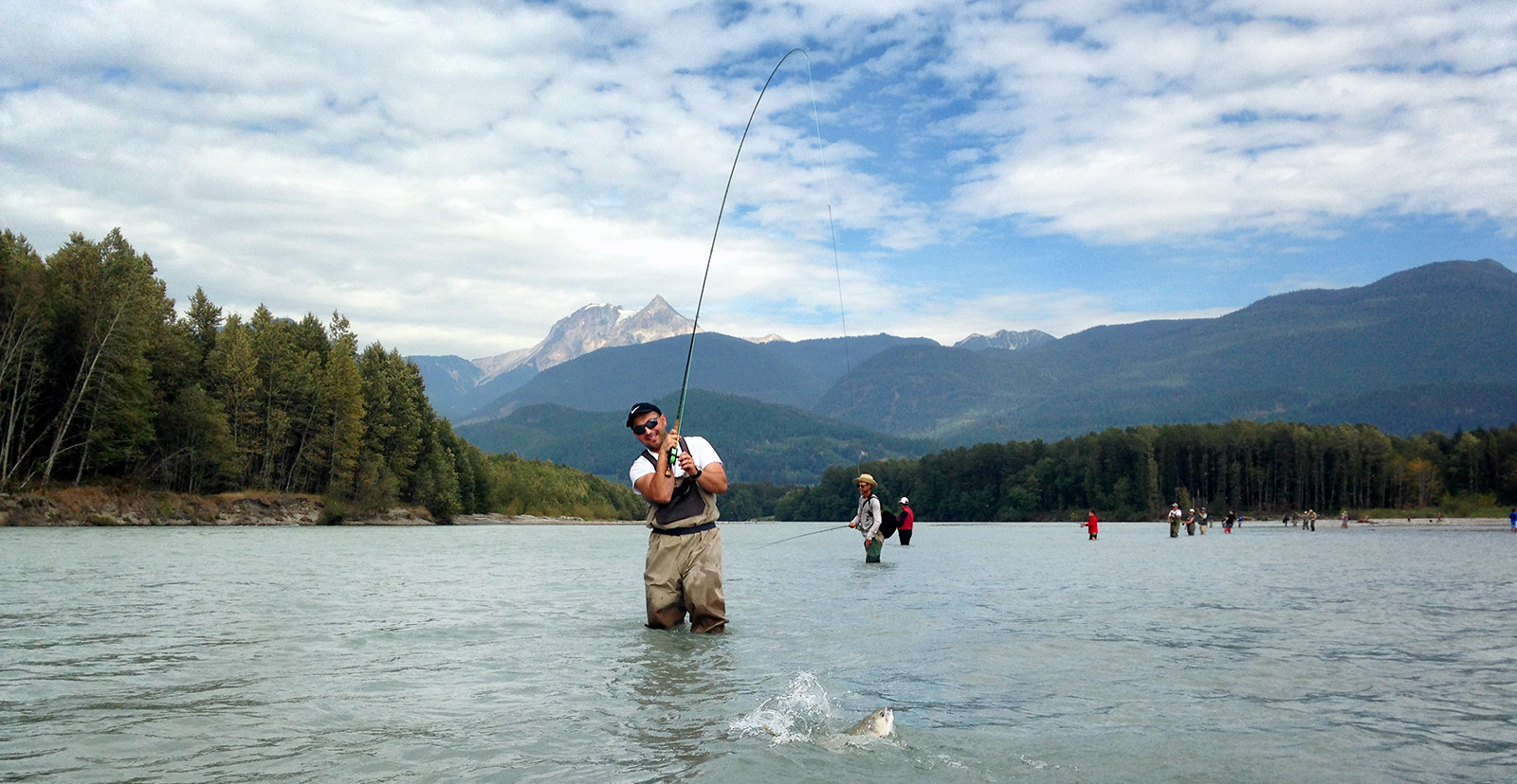 squamish river fishing, squamish river fishing guides, pink salmon, pink salmon fly fishing, fly fishing, fly fishing guides, vancouver fly fishing, salmon fly fishing, vancouver fly fishing guides, bc fly fishing, fly fishing tours, fly fishing trips